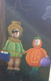 Hammin' it up at the Pumpkin Patch